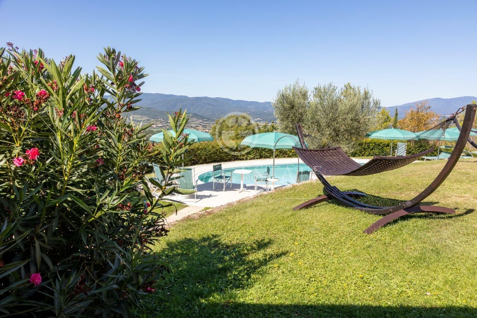 Estate in Umbria, Italy 1 - 10949678