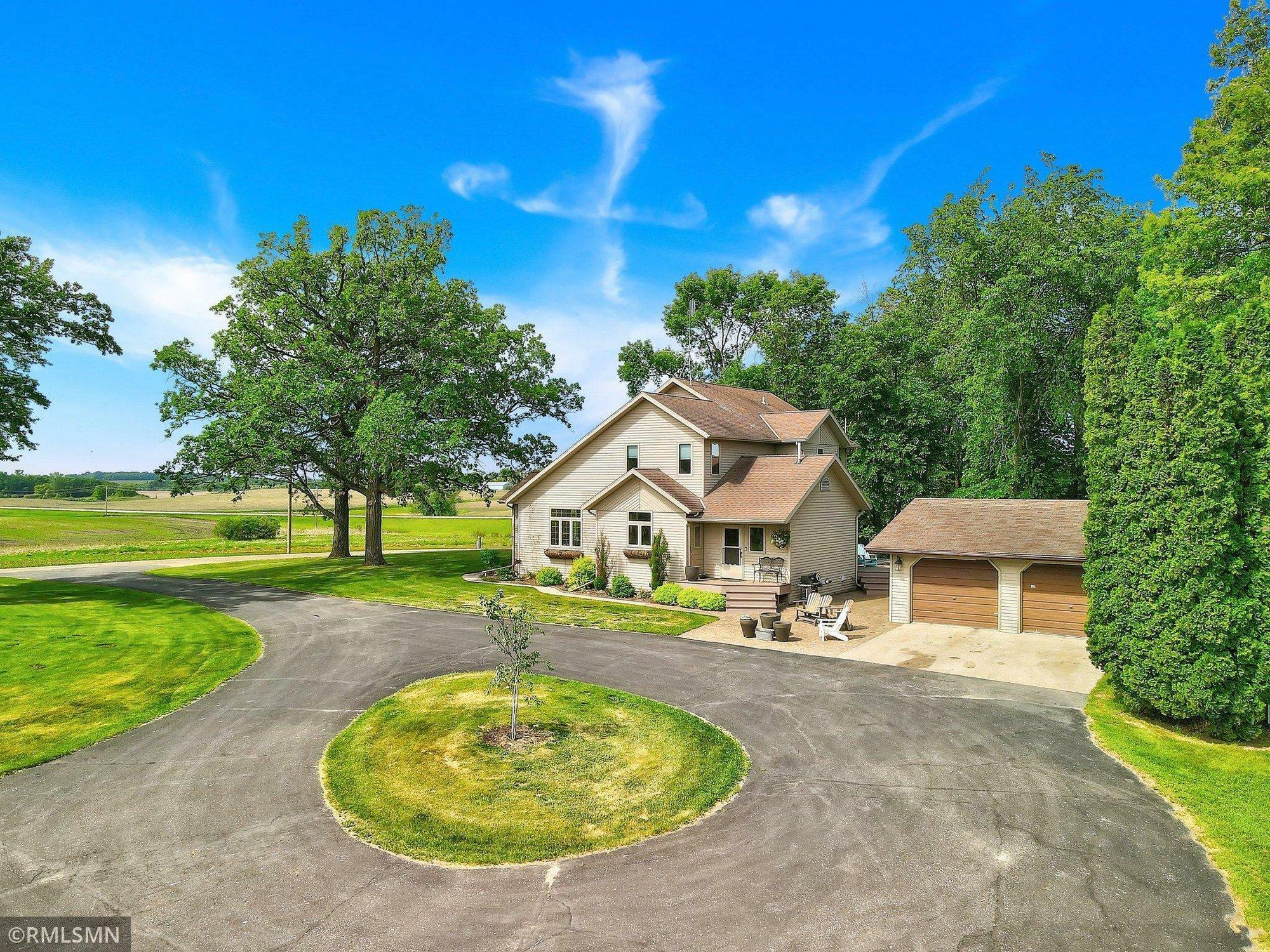 House in Erhard, Minnesota, United States 1 - 11479736