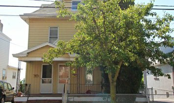 House in East Rutherford, New Jersey, United States 1