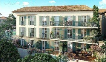 Appartamento a Saint-Tropez, Provenza-Alpi-Costa Azzurra, Francia 1