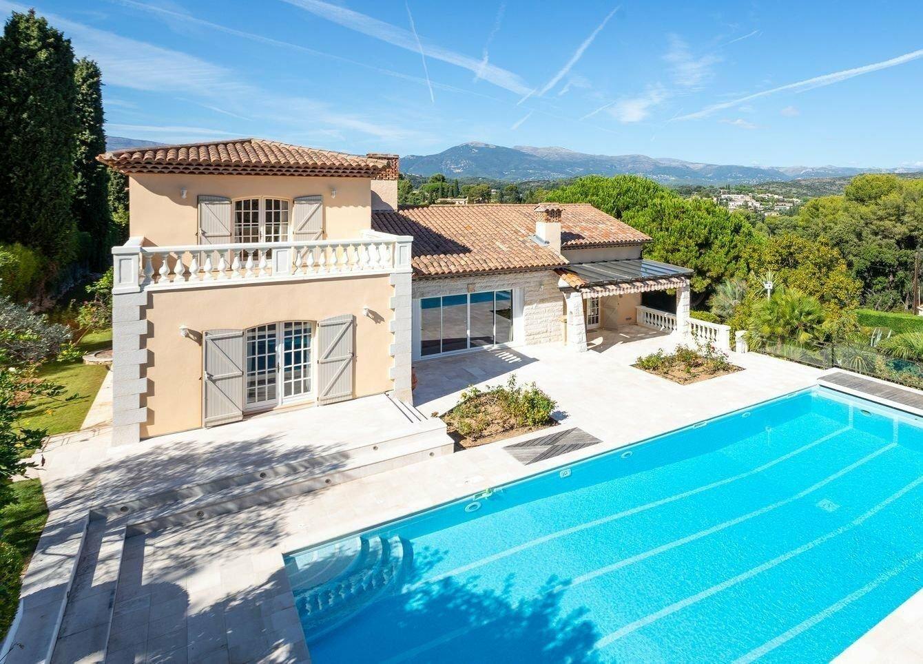 Villa in Biot, Provence-Alpes-Côte d'Azur, France 1