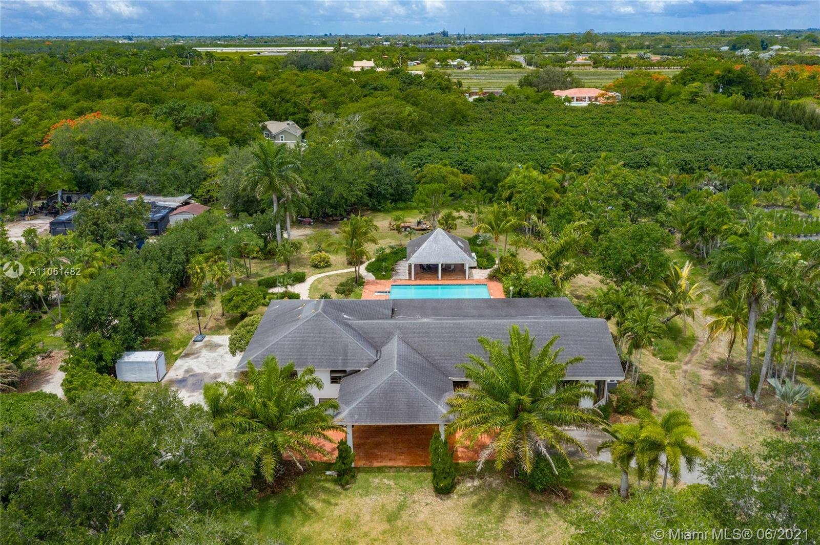 House in Miami, Florida, United States 1 - 11488962