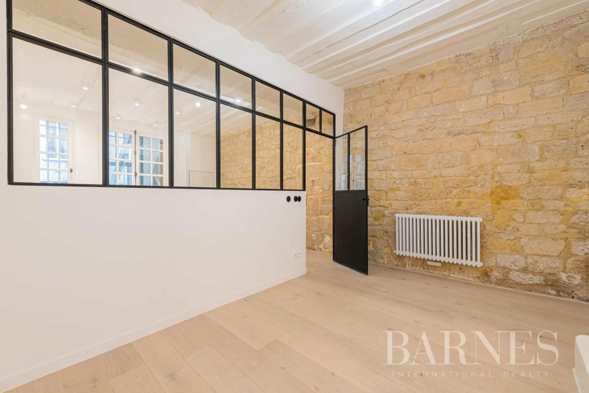 Apartment in Paris, Île-de-France, France 1 - 11489713