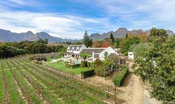 Фермерское ранчо в Стелленбос, Западный Мыс, Южная Африка 1