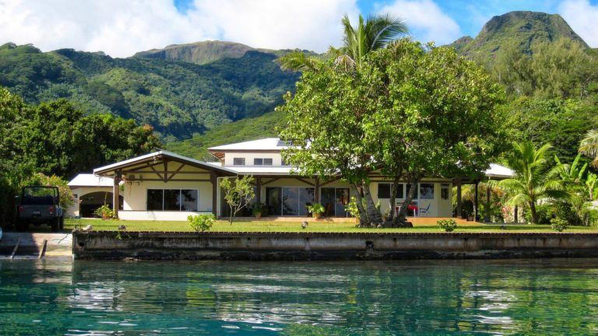 House in Tumaraa, Leeward Islands, French Polynesia 1 - 11494363