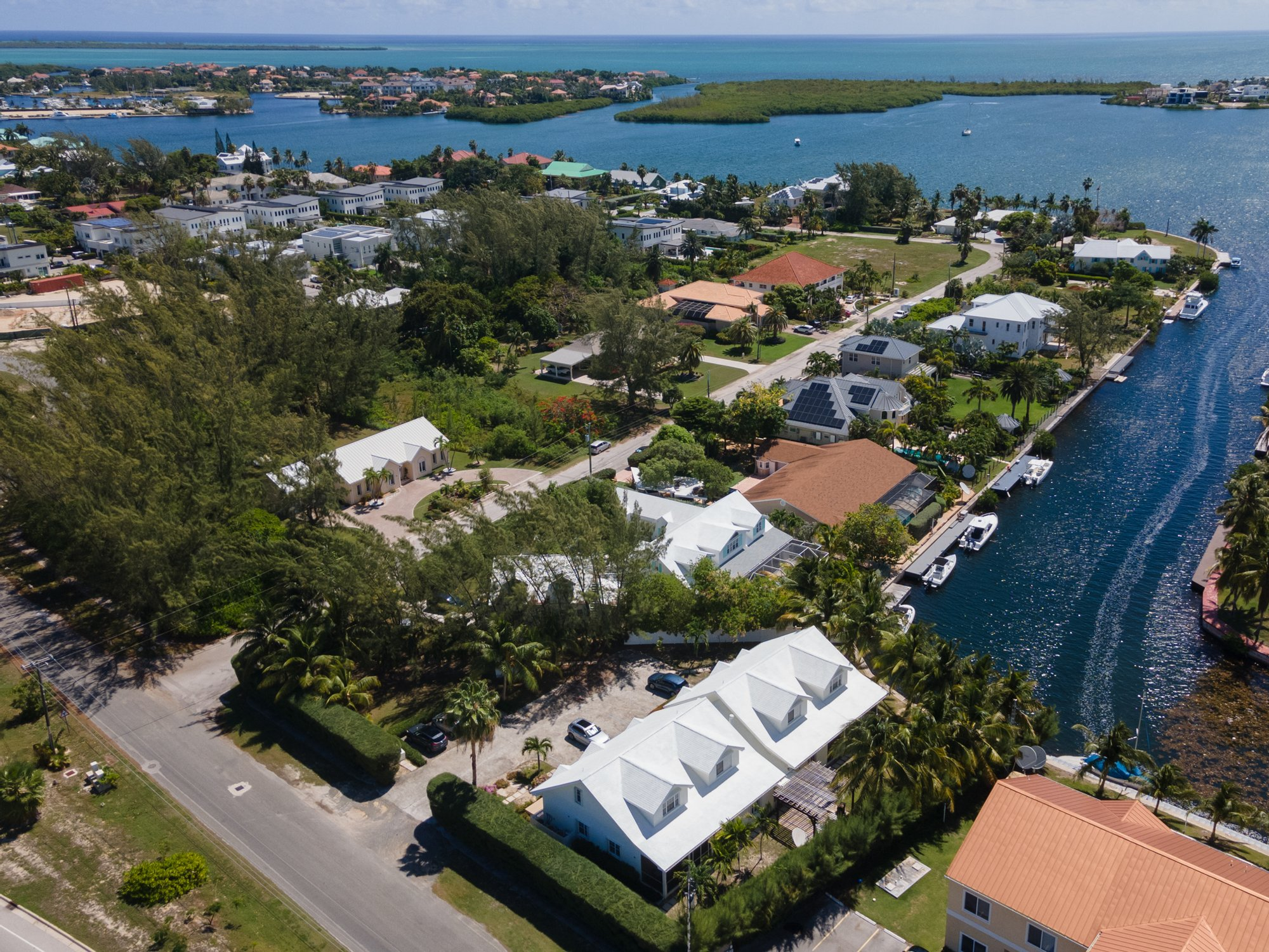 House in West Bay, West Bay, Cayman Islands 1 - 11494188