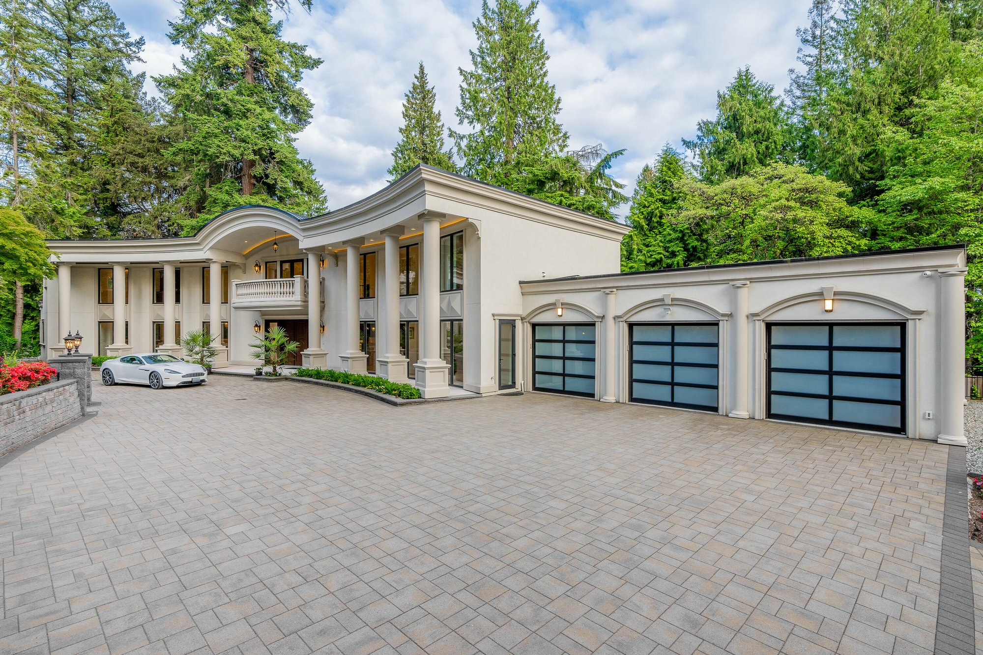 House in West Vancouver, British Columbia, Canada 1 - 11494036