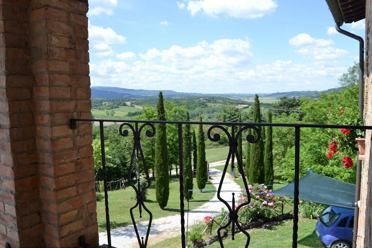 Villa in Umbria, Italy 1 - 11497973