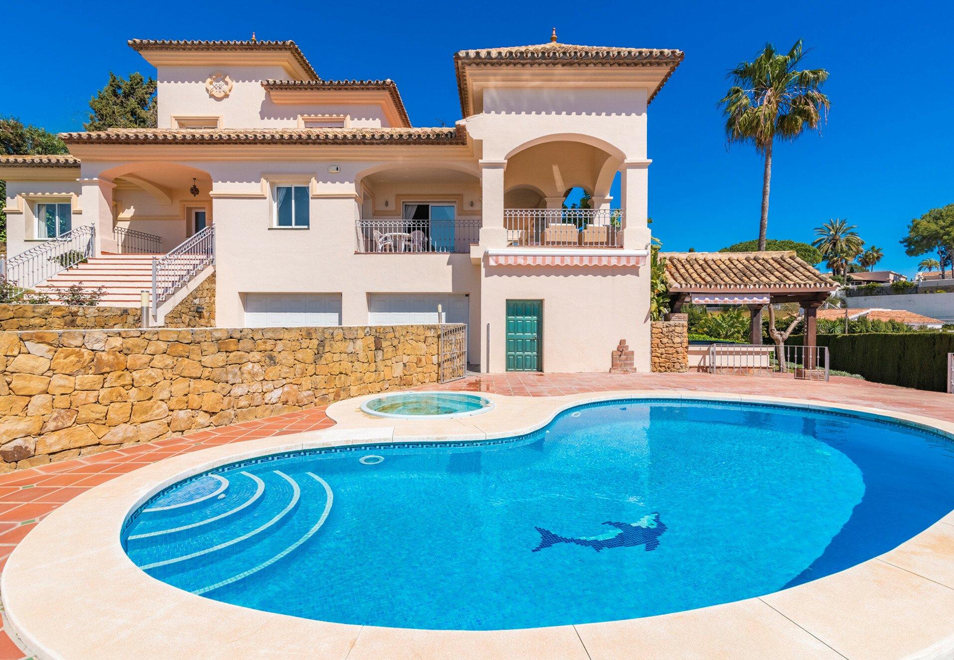 Villa in Marbella, Andalusia, Spain 1 - 11498087