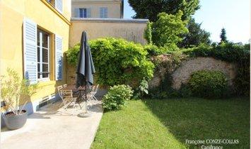 Casa en Versalles, Isla de Francia, Francia 1