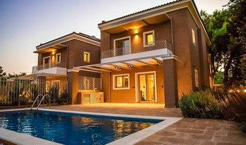 Villa in Vari, Decentralized Administration of Attica, Greece 1