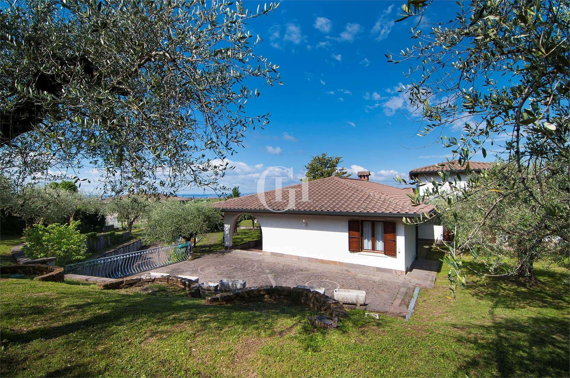 Villa in Villaggi Santi-San Fermo, Veneto, Italy 1 - 11499146