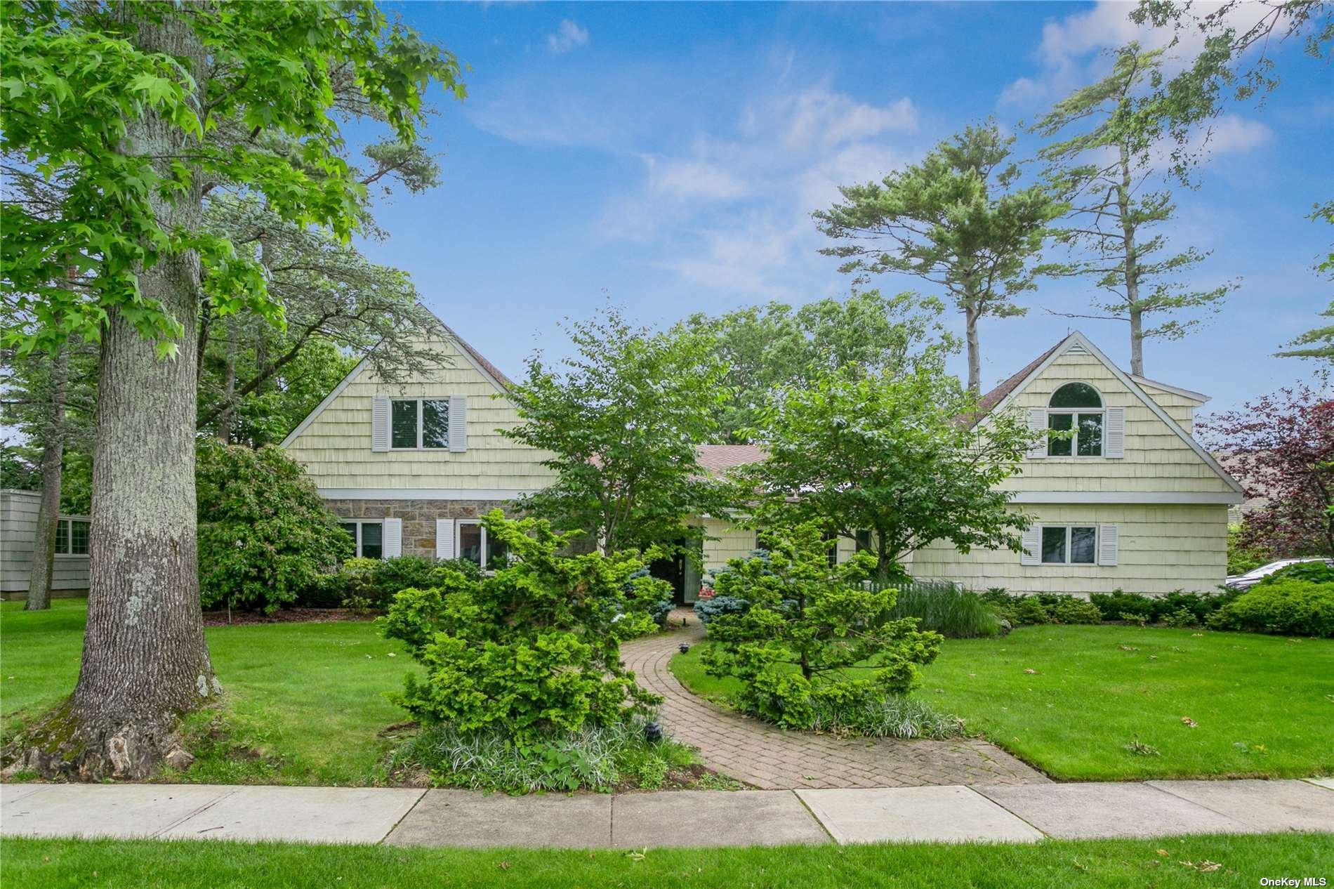 House in Hewlett, New York, United States 1 - 11502087