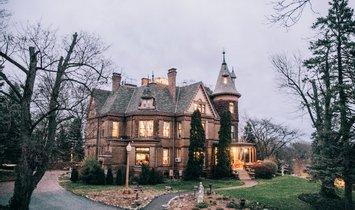 Castle in Kalamazoo, Michigan, United States 1