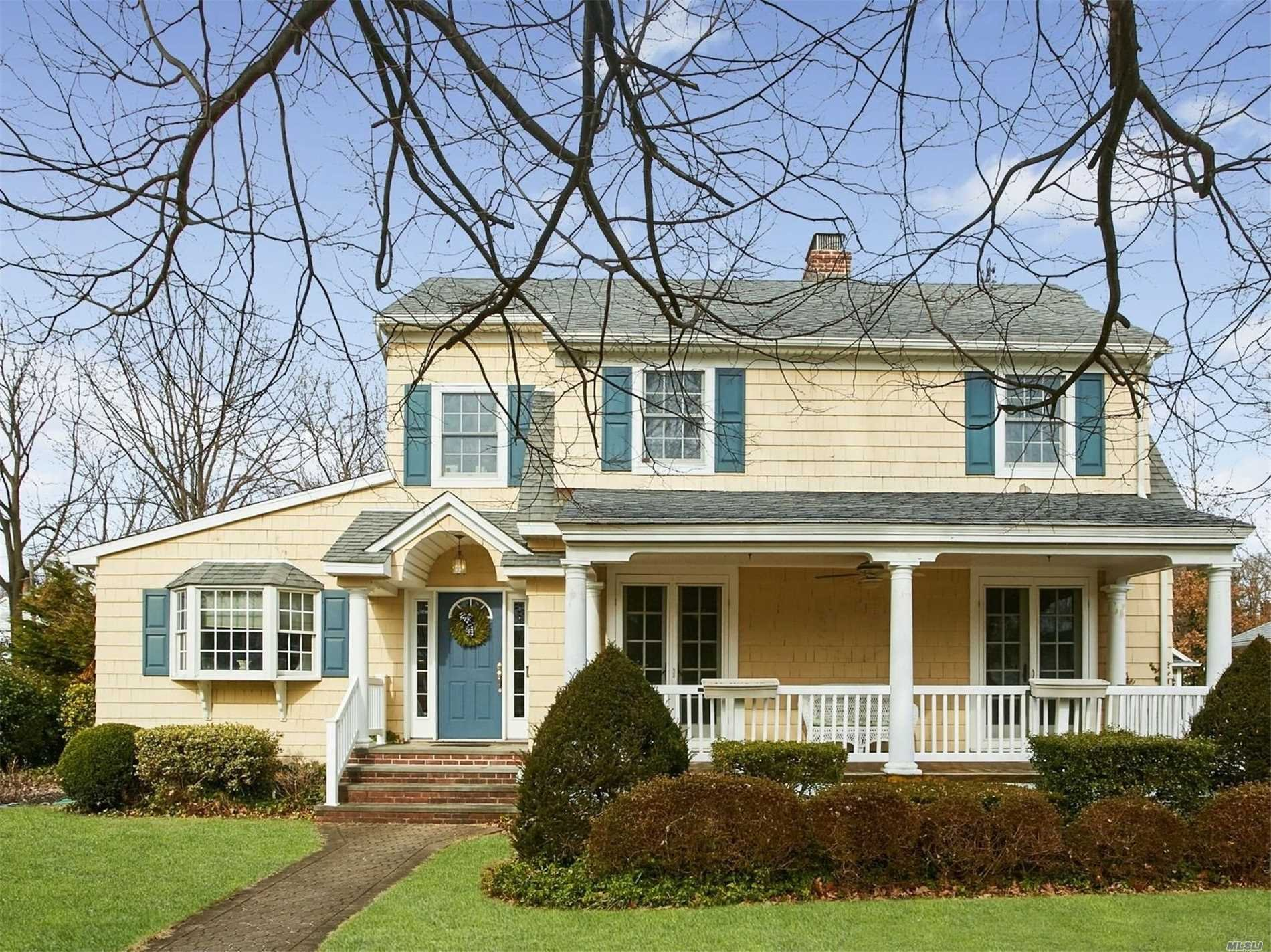 House in Garden City South, New York, United States 1 - 11321064