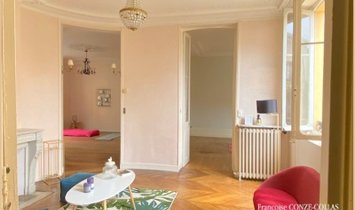 Apartment in Versailles, France 1