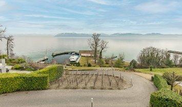 Apartment in Saint-Prex, Vaud, Switzerland 1