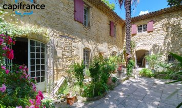 House in La Motte-d'Aigues, Provence-Alpes-Côte d'Azur, France 1