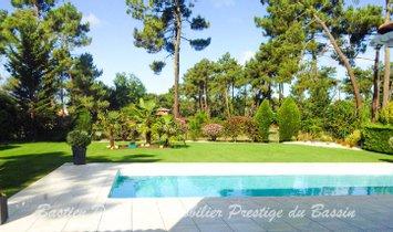 Villa in Gujan-Mestras, Nouvelle-Aquitaine, France 1
