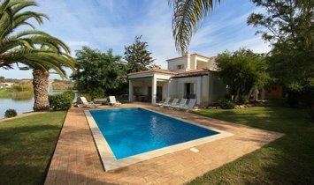 Villa in Carvoeiro, Algarve, Portugal 1