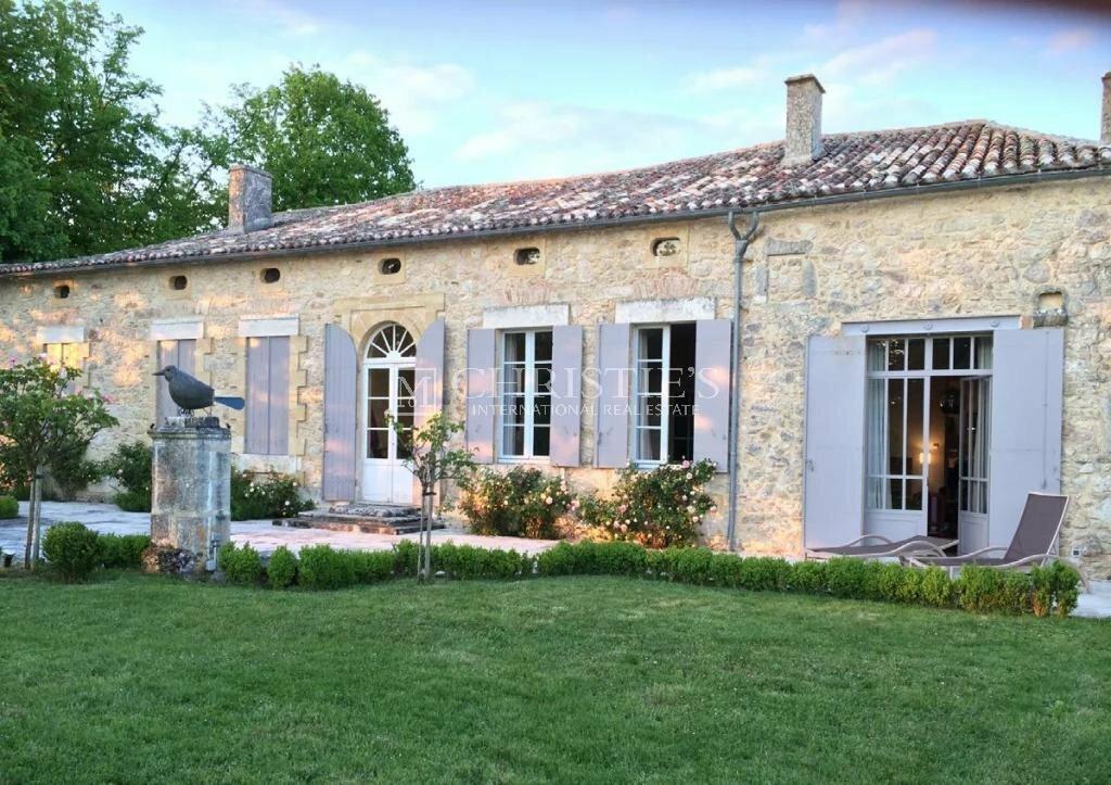 House in Villefranche-de-Lonchat, Nouvelle-Aquitaine, France 1 - 11511304