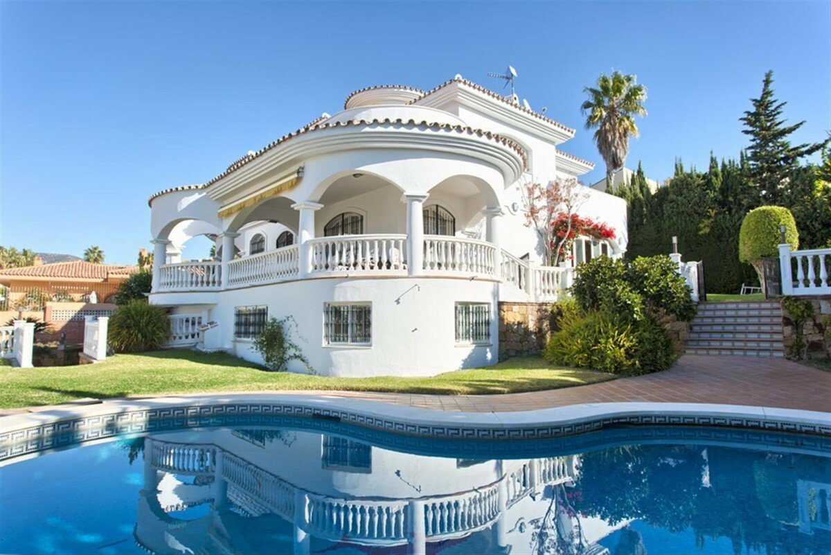 Villa in Benalmádena, Andalusia, Spain 1 - 11517029