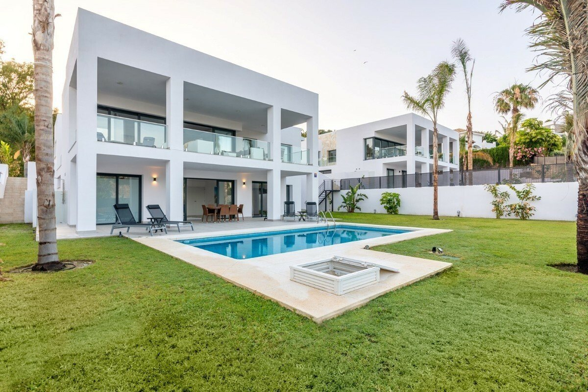 Villa in Benalmádena, Andalusia, Spain 1 - 11486425