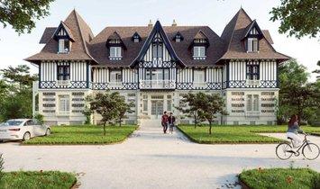 Апартаменты в Трувиль-Сюр-Мер, Нормандия, Франция 1