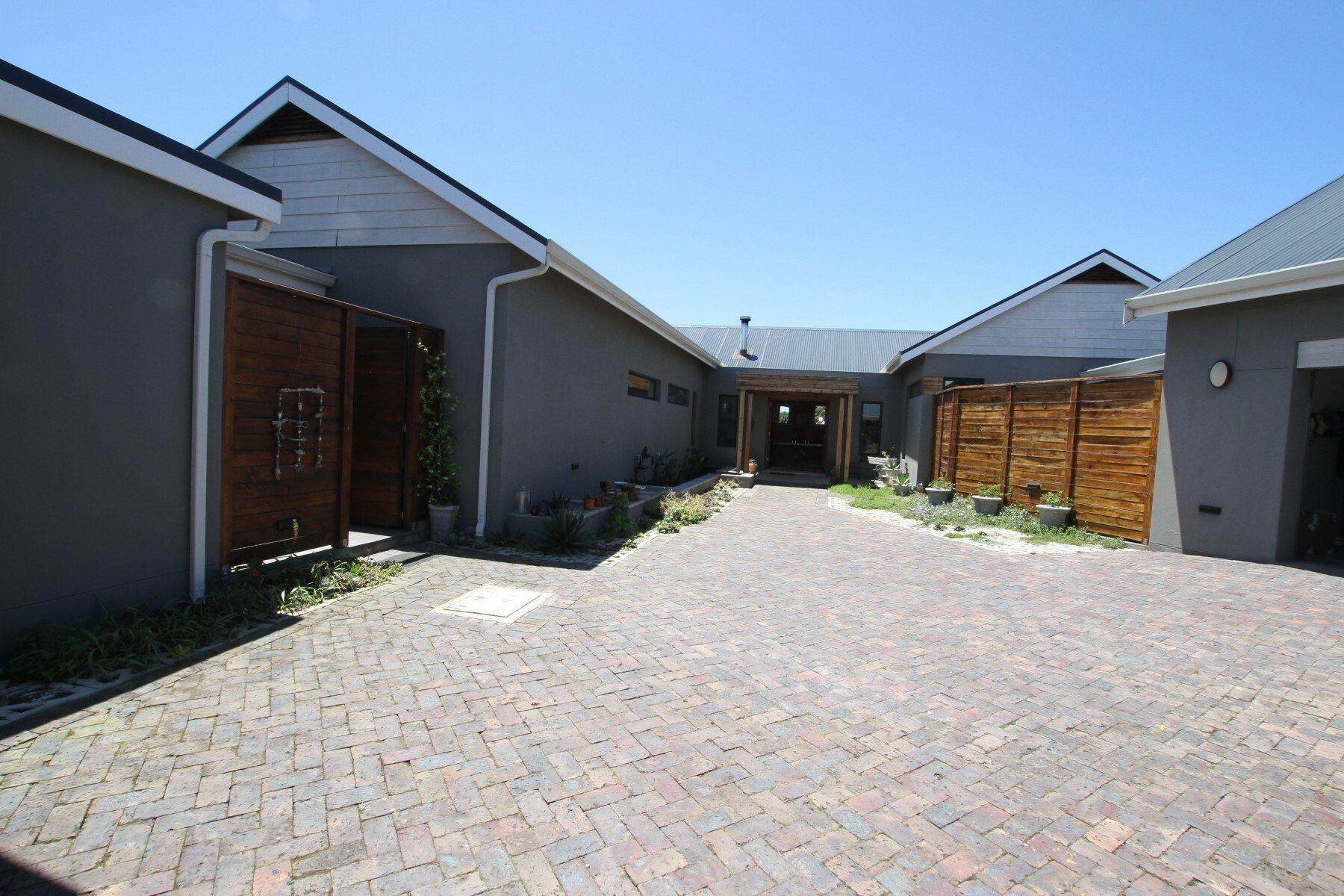 Farm Ranch in Plettenberg Bay, Western Cape, South Africa 1 - 11520211
