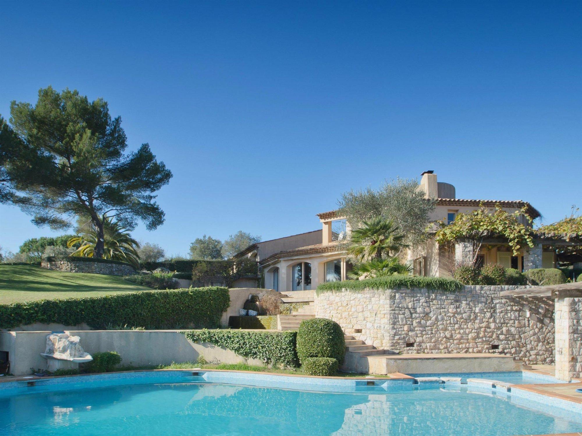 House in Mougins, Provence-Alpes-Côte d'Azur, France 1 - 10158429