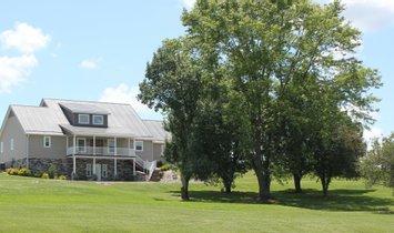Farm Ranch in Hillsboro, Kentucky, United States 1