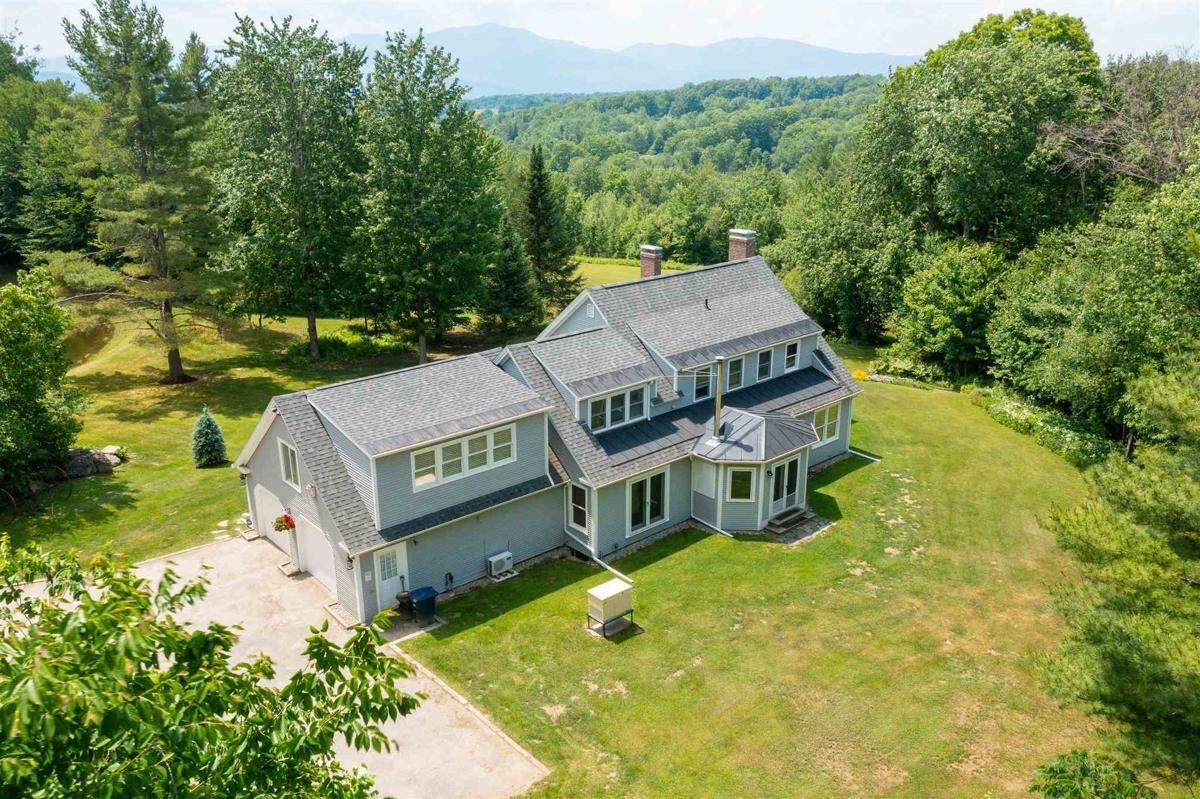House in Hyde Park, Vermont, United States 1 - 11525331