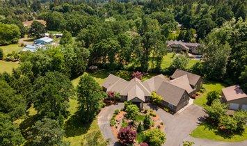 House in Newberg, Oregon, United States 1
