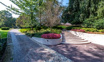 Villa à Residence, Lombardie, Italie 1