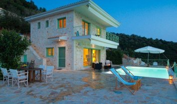 Villa in Decentralized Administration of Peloponnese, Western Greece and the Ionian, Grecia 1