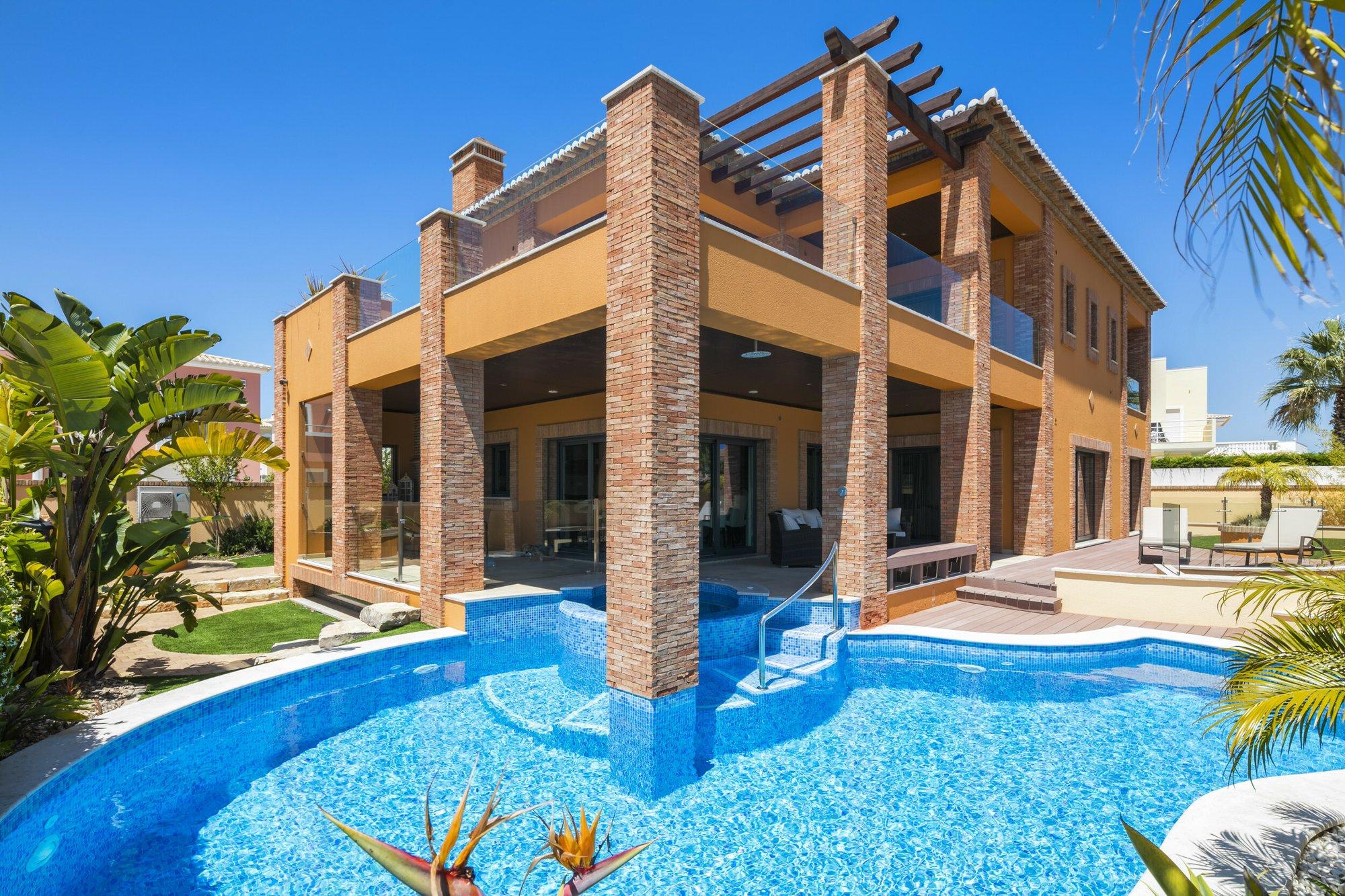 Villa in Lagos, Algarve, Portugal 1 - 11489824