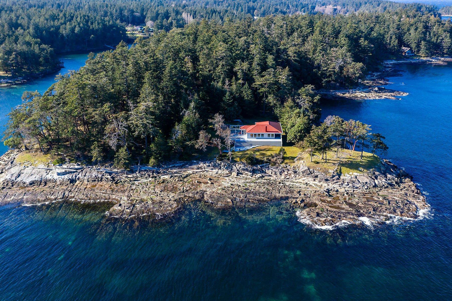 Private Island in Gabriola, British Columbia, Canada 1 - 11528348