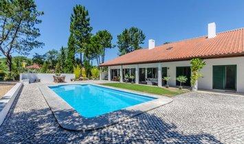 Villa in Quinta do Conde, Setúbal, Portugal 1
