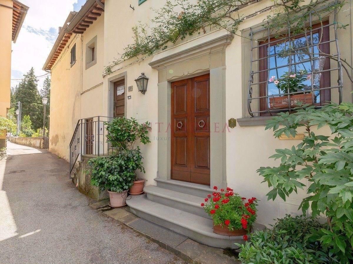 Villa in Reggello, Tuscany, Italy 1 - 11528842