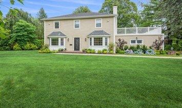 House in Hewlett Harbor, New York, United States 1