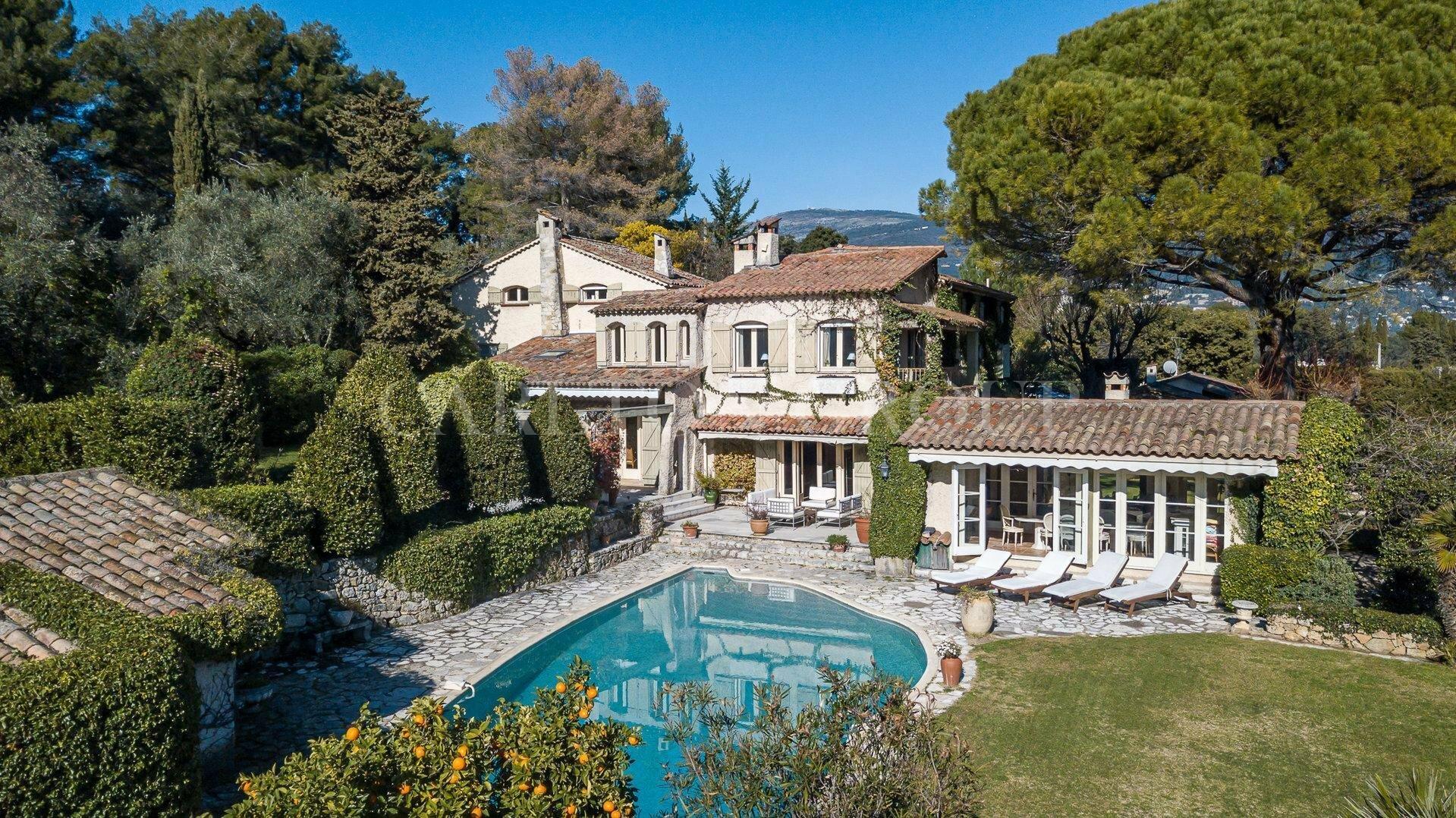 House in Grasse, Provence-Alpes-Côte d'Azur, France 1 - 11529713