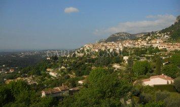 Villa in Saint-Jeannet, Provence-Alpes-Côte d'Azur, France 1