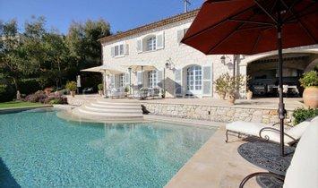 House in Tourrettes-sur-Loup, Provence-Alpes-Côte d'Azur, France 1