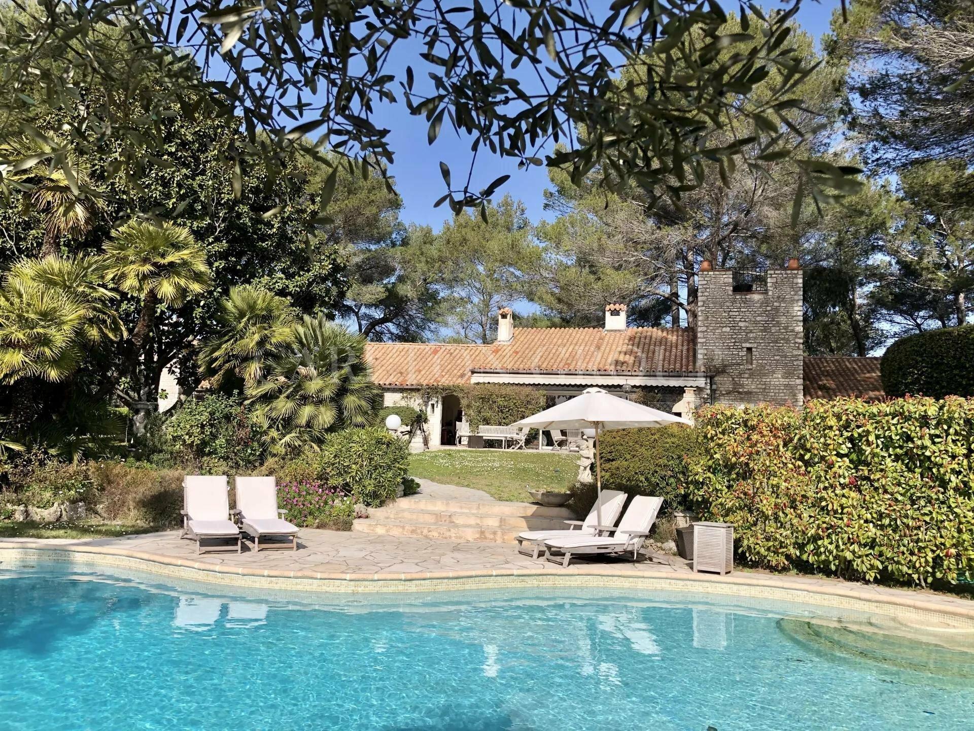 House in Biot, Provence-Alpes-Côte d'Azur, France 1 - 11529717