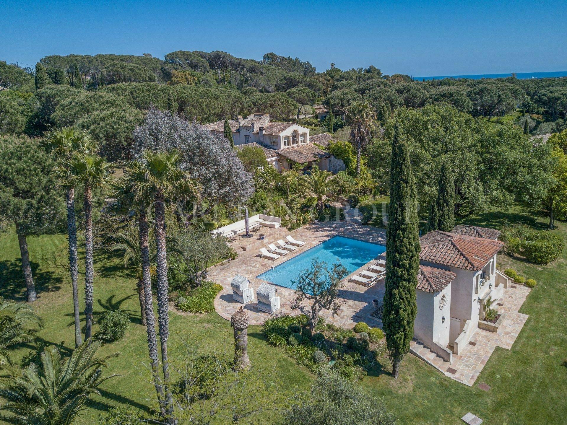 Villa in Saint-Tropez, Provence-Alpes-Côte d'Azur, France 1 - 11529652