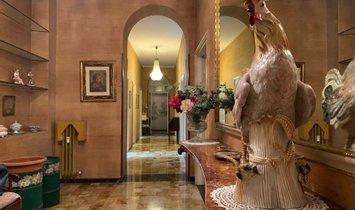 Appartement in Milaan, Lombardije, Italië 1