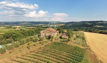Estate in Umbria, Italy 1