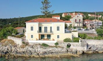 Дом в Фискардо, Греция 1