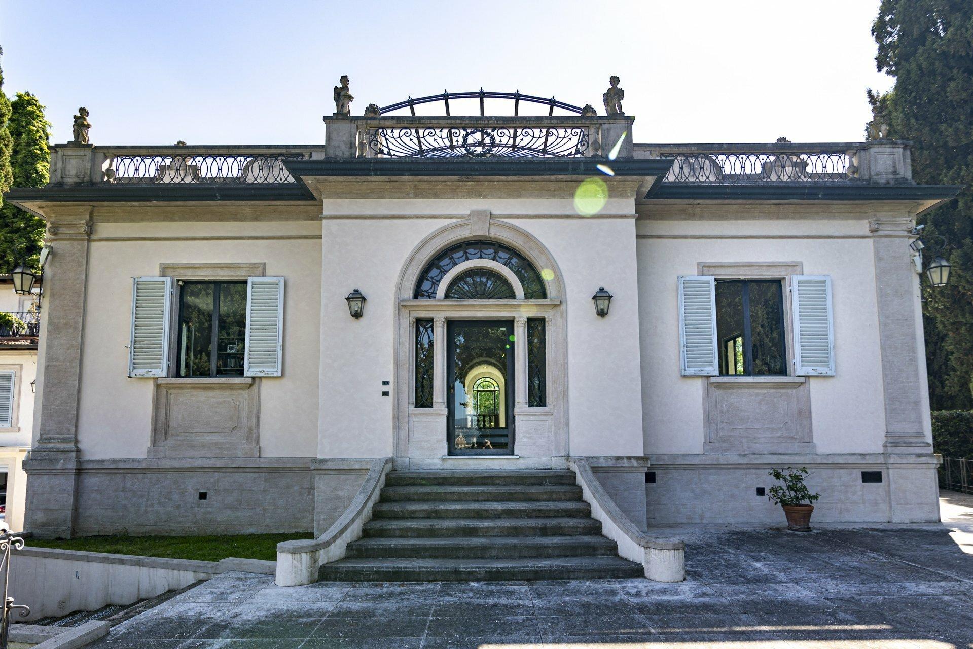 Villa in Florence, Tuscany, Italy 1 - 11541032