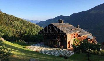 Chalet in Courchevel, Auvergne-Rhône-Alpes, Frankreich 1